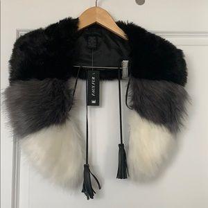 Steve Madden faux fur collar NWT